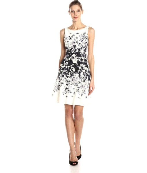 Maggy London Graduated Floral Light Weight Fit and Flare Dress in Soft White / Grey