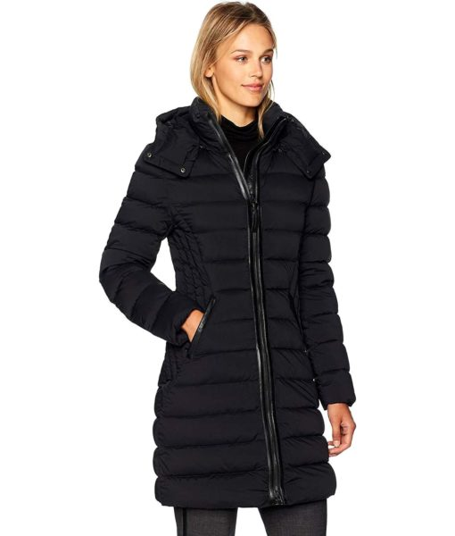 Mackage Farren Fitted Lightweight Down Jacket  with Quilted Detailing in Black
